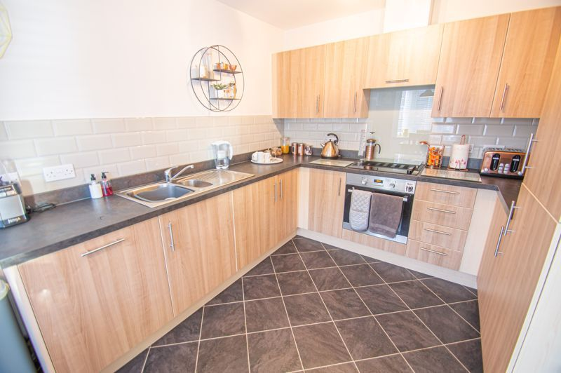 4 bed house for sale in Elrington Close 4