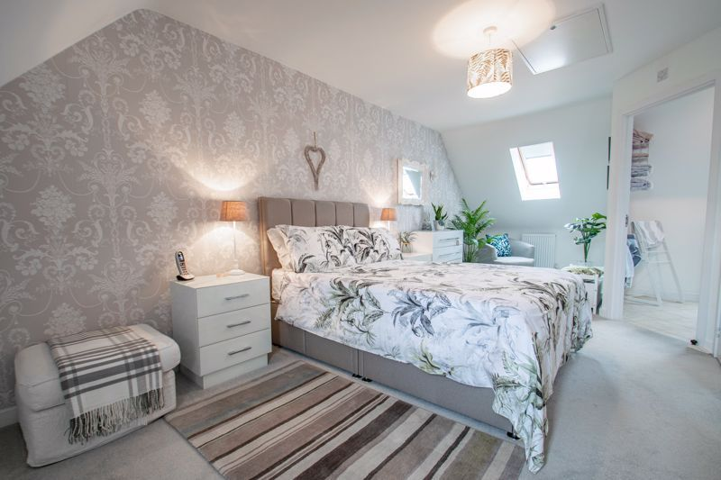 4 bed house for sale in Elrington Close 6