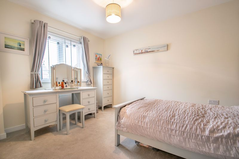 4 bed house for sale in Elrington Close  - Property Image 10