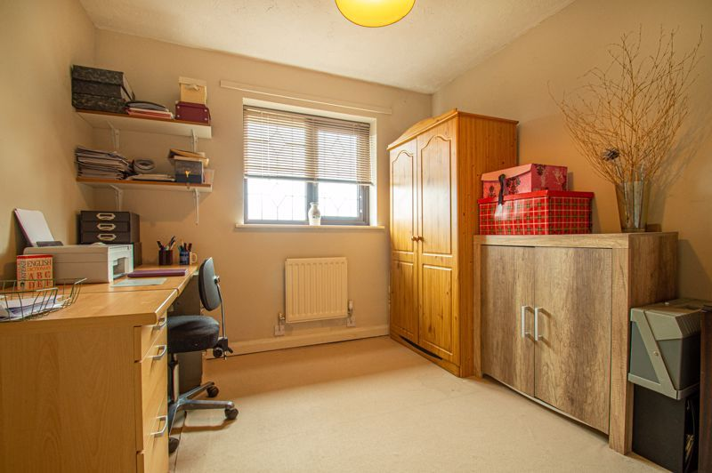 4 bed house for sale in Western Hill Close 11