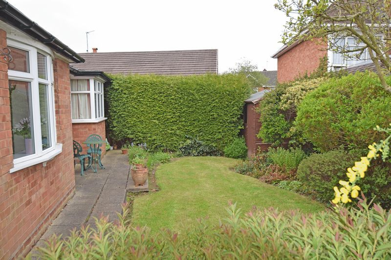 2 bed bungalow for sale in Stourton Crescent 11
