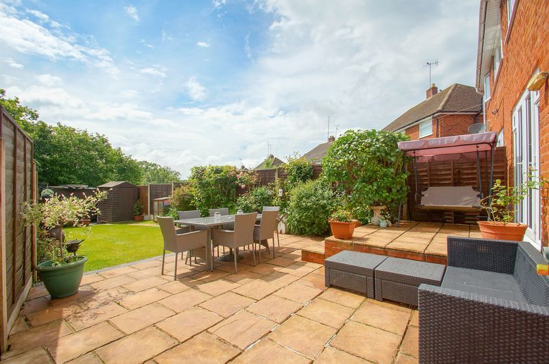 3 bed house for sale in Malvern Road 2