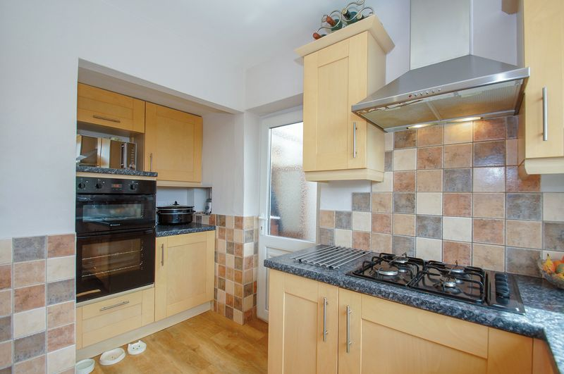3 bed house for sale in Malvern Road 8