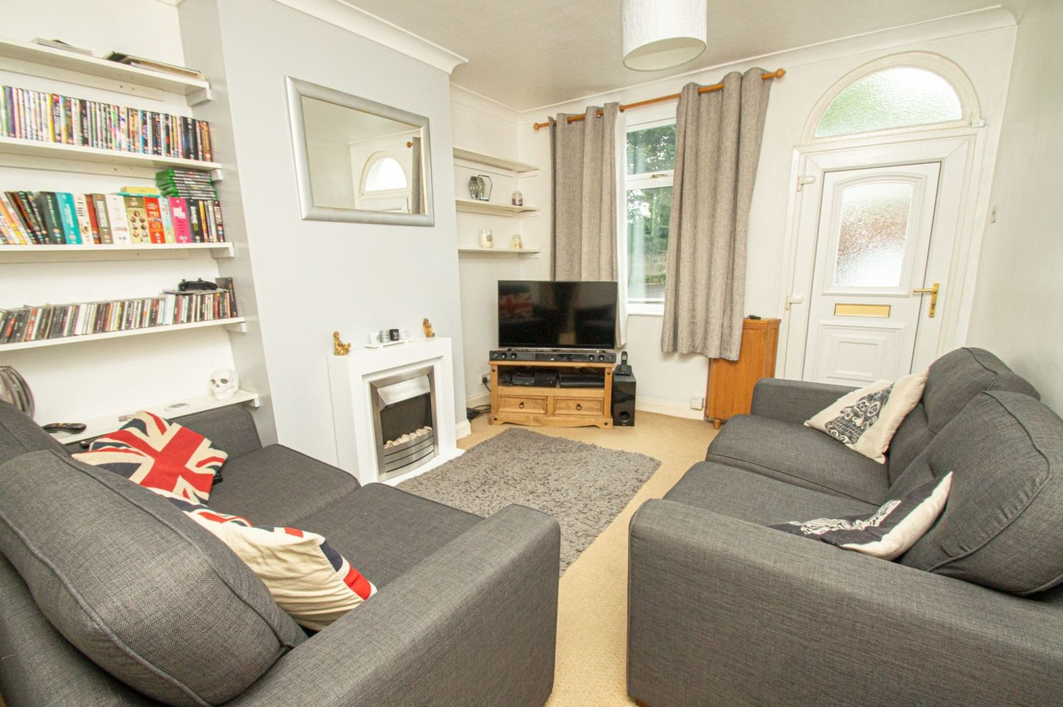 2 bed terraced for sale in King William Street, Amblecote  - Property Image 2