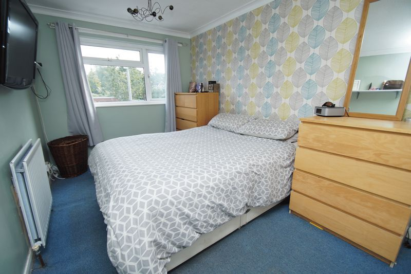 4 bed house for sale in Meriden Close  - Property Image 11