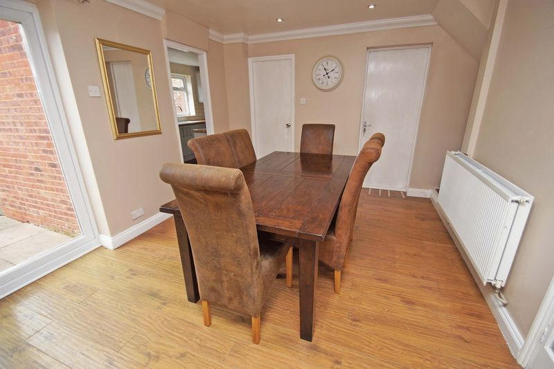4 bed house for sale in Meriden Close  - Property Image 7