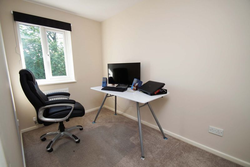 3 bed house for sale in Minworth Close 8
