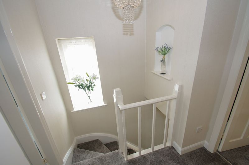 3 bed house for sale in Clive Road 12