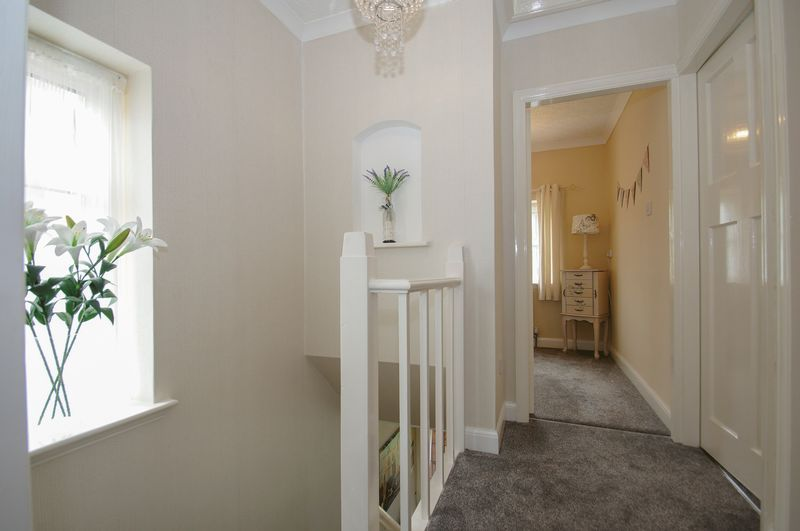 3 bed house for sale in Clive Road 19