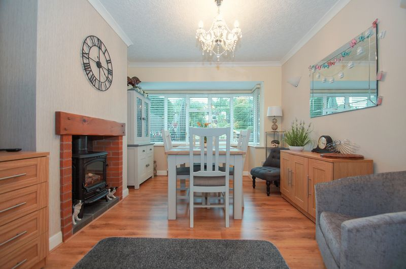 3 bed house for sale in Clive Road 5