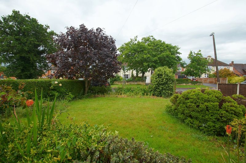 3 bed house for sale in Chequers Lane 17