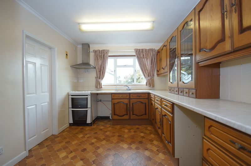 3 bed house for sale in Chequers Lane  - Property Image 7