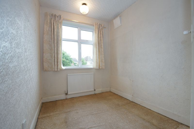 3 bed house for sale in Chequers Lane 10