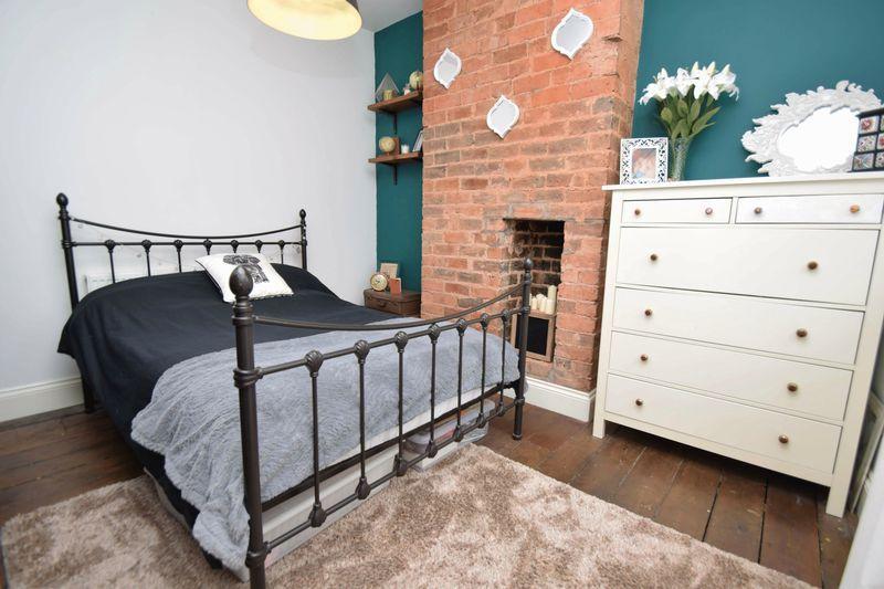 3 bed house for sale in Laurel Lane 13