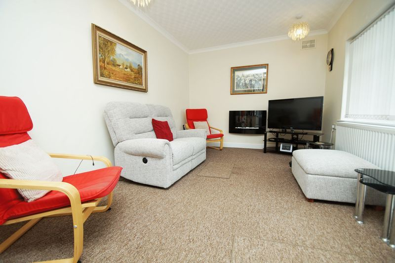 3 bed bungalow for sale in Cherry Crescent  - Property Image 2