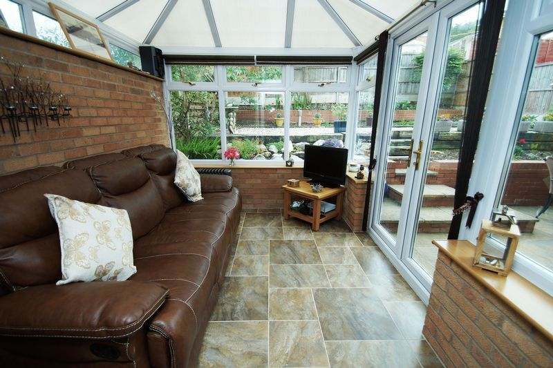 3 bed house for sale in Berrington Close  - Property Image 2