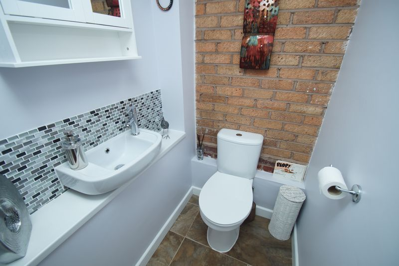 3 bed house for sale in Berrington Close  - Property Image 9