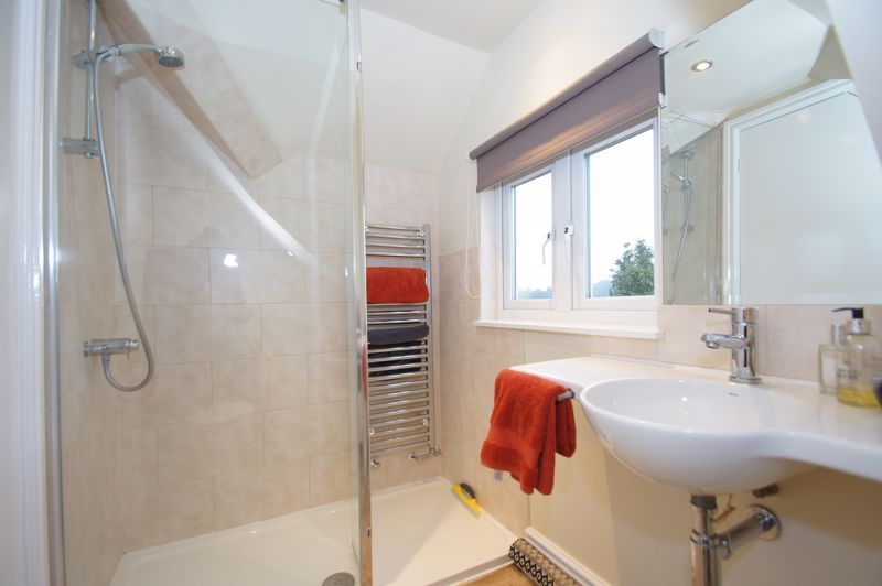 5 bed house for sale in Ham Lane  - Property Image 20