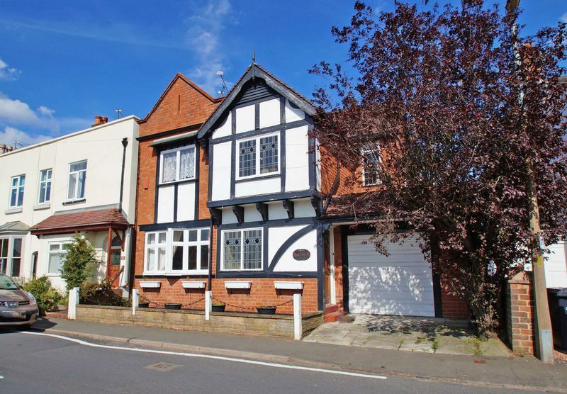 4 bed house for sale in Love Lane  - Property Image 20