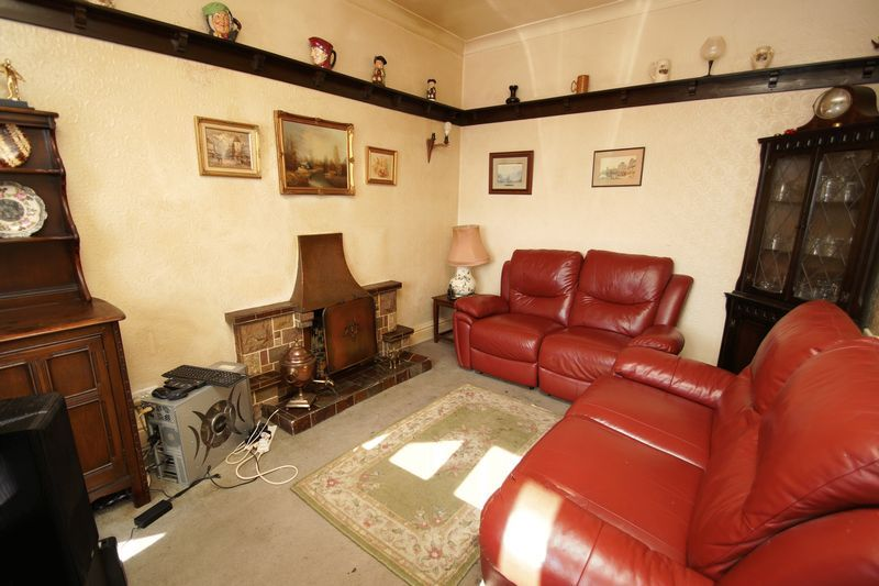 4 bed house for sale in Love Lane  - Property Image 8