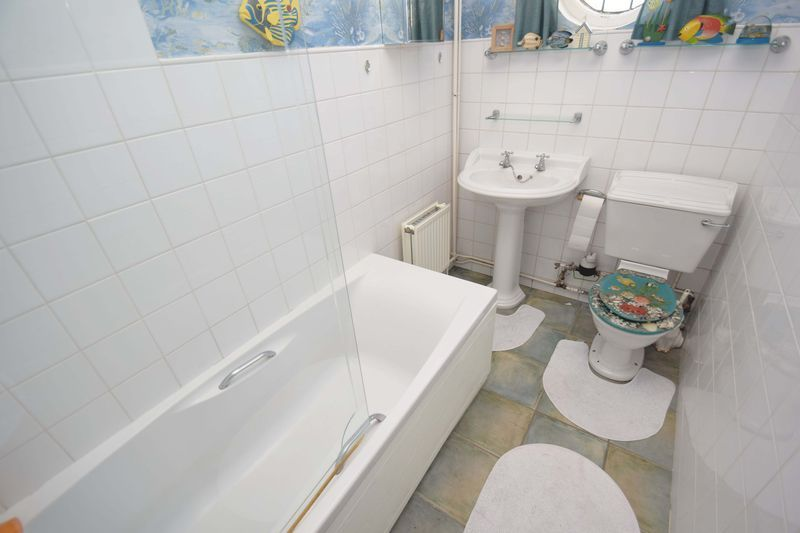 2 bed bungalow for sale in Duncombe Street 12