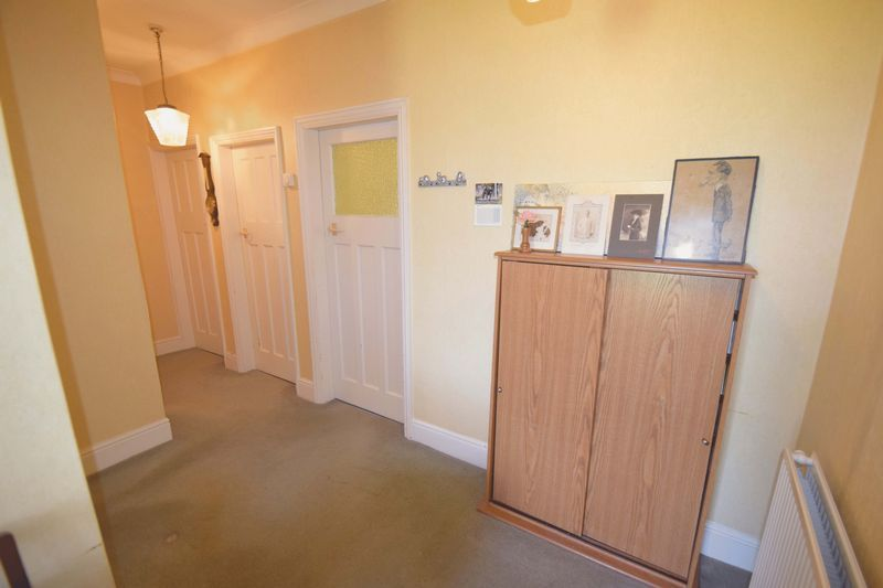 2 bed bungalow for sale in Duncombe Street  - Property Image 13