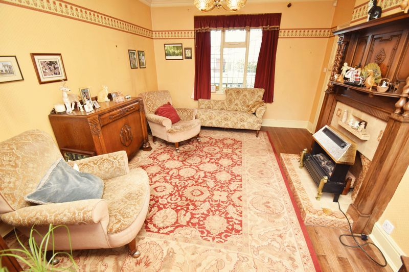 2 bed bungalow for sale in Duncombe Street  - Property Image 4