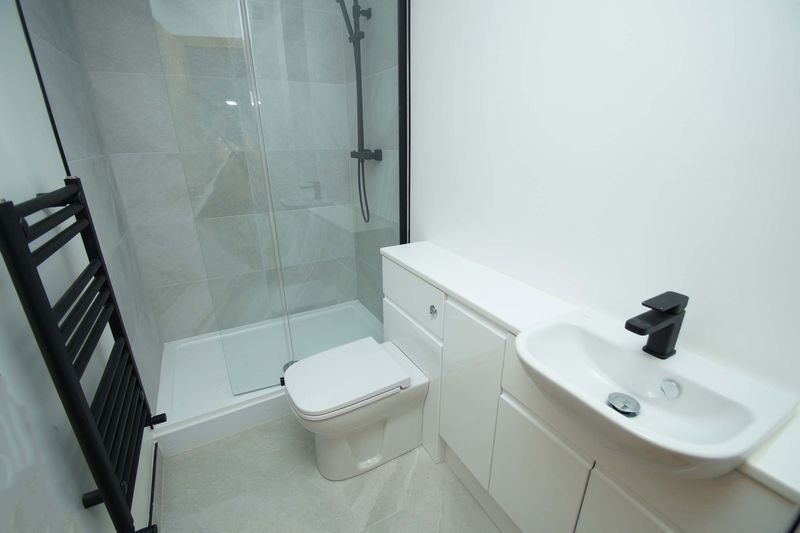 1 bed  for sale in Stourbridge Road 5
