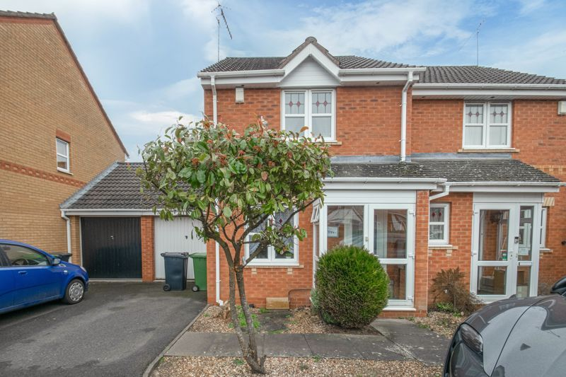 2 bed house for sale in Appletree Lane 1