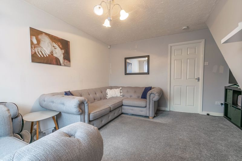 2 bed house for sale in Appletree Lane 5