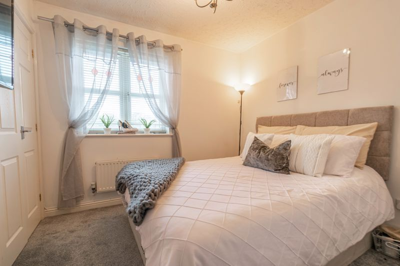 2 bed house for sale in Appletree Lane 7