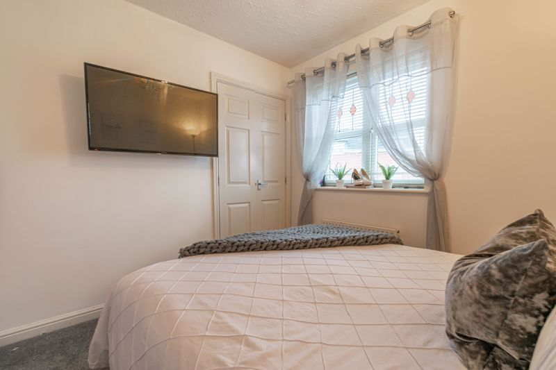 2 bed house for sale in Appletree Lane 8