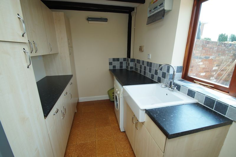 4 bed  for sale in Grafton Lane 14