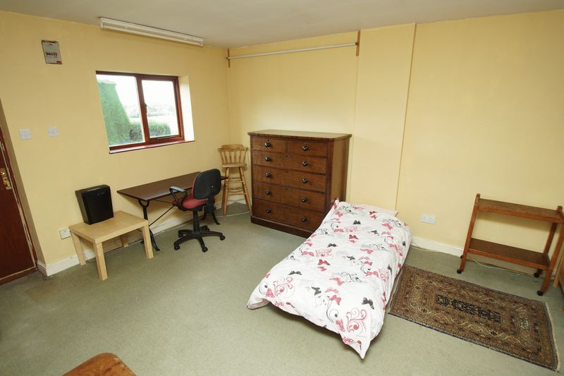 4 bed  for sale in Grafton Lane  - Property Image 15