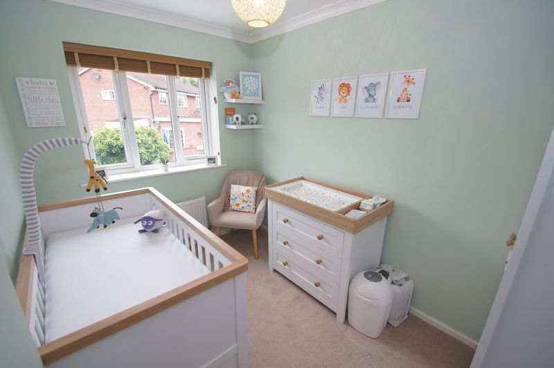 2 bed house for sale in Perryfields Close 11
