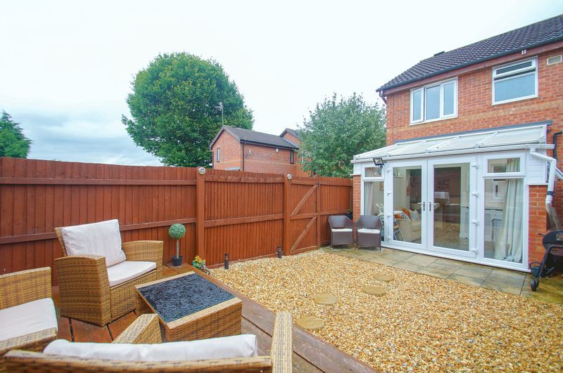 2 bed house for sale in Perryfields Close 15