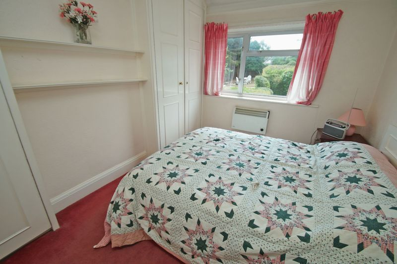 3 bed house for sale in Bromsgrove Road 3