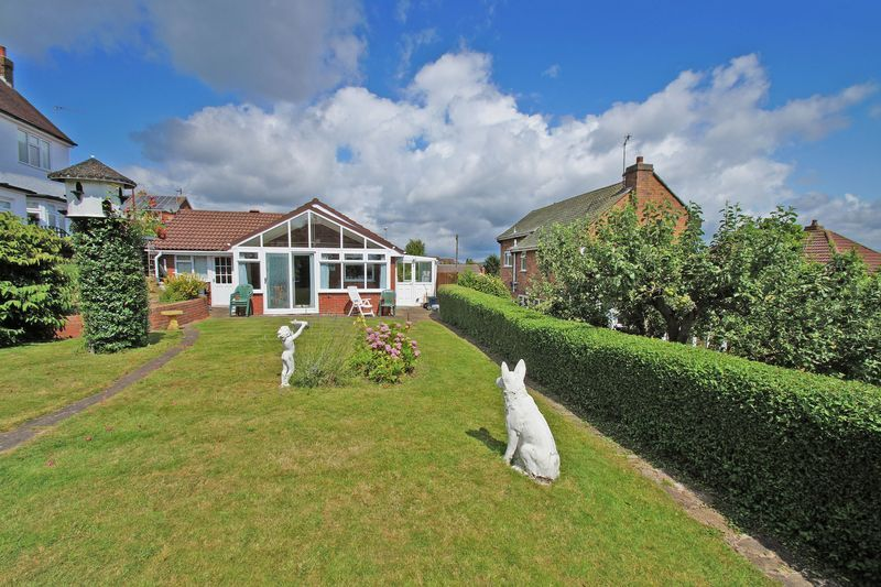 2 bed bungalow for sale in Millfield Road  - Property Image 12