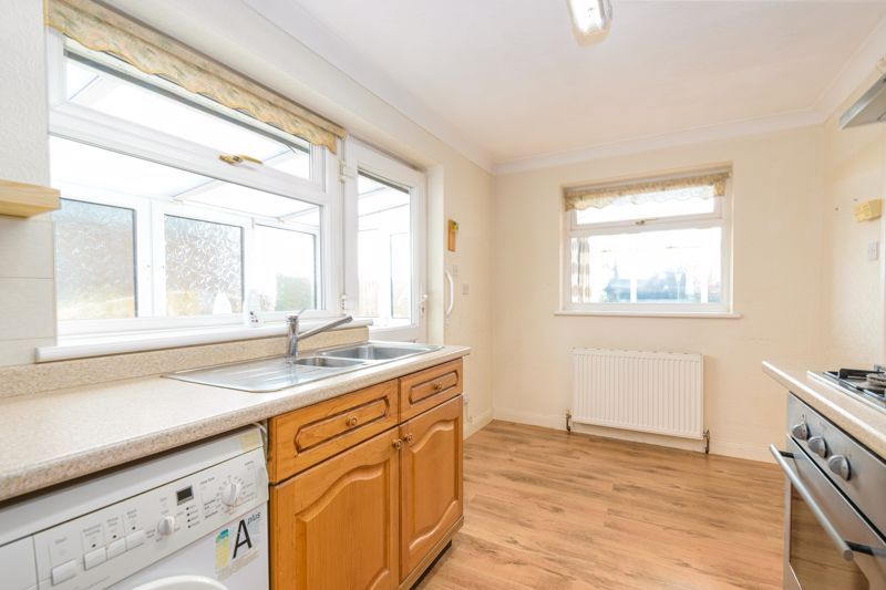2 bed bungalow for sale in Millfield Road 6
