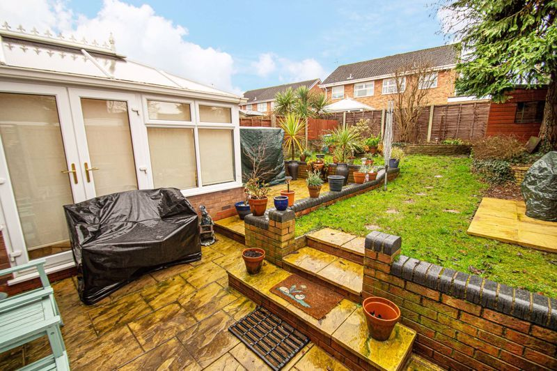 4 bed house for sale in Edgmond Close  - Property Image 16