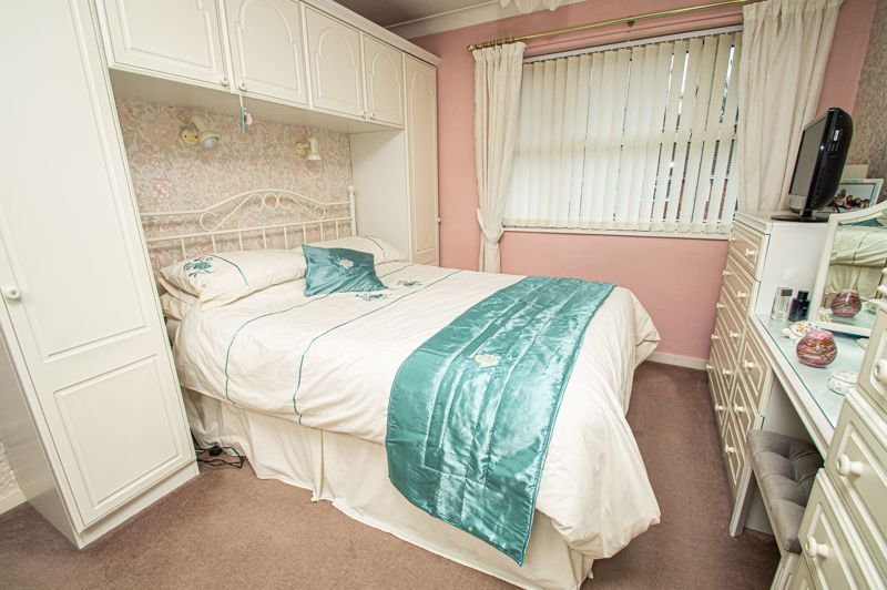 4 bed house for sale in Edgmond Close  - Property Image 10
