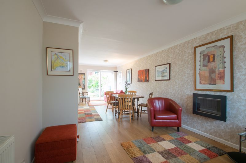 3 bed house for sale in Dunsley Road  - Property Image 3