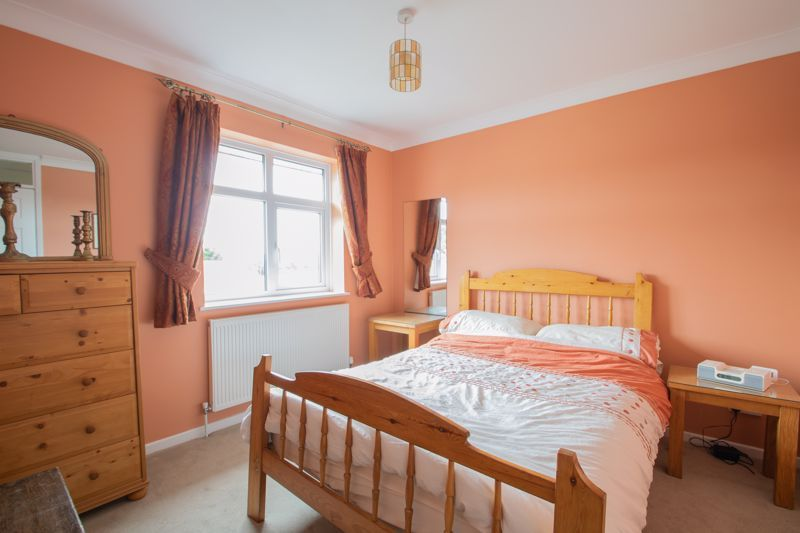 3 bed house for sale in Dunsley Road 8