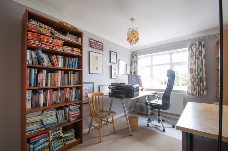 3 bed house for sale in Dunsley Road 9