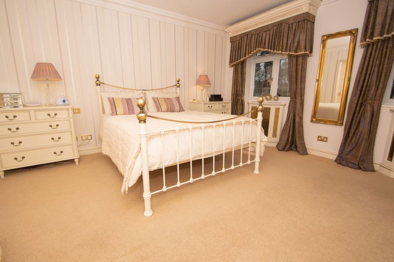 6 bed house for sale in Pear Tree Drive  - Property Image 19