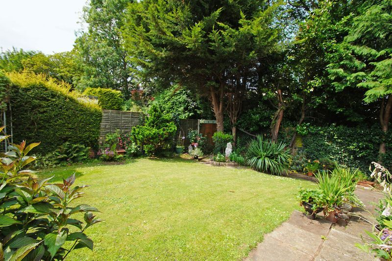 2 bed bungalow for sale in Manor Court Road 11