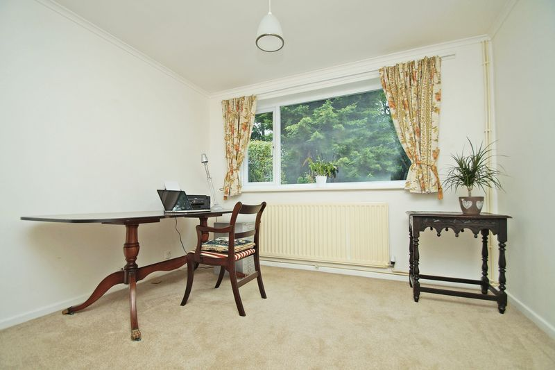 2 bed bungalow for sale in Manor Court Road 8