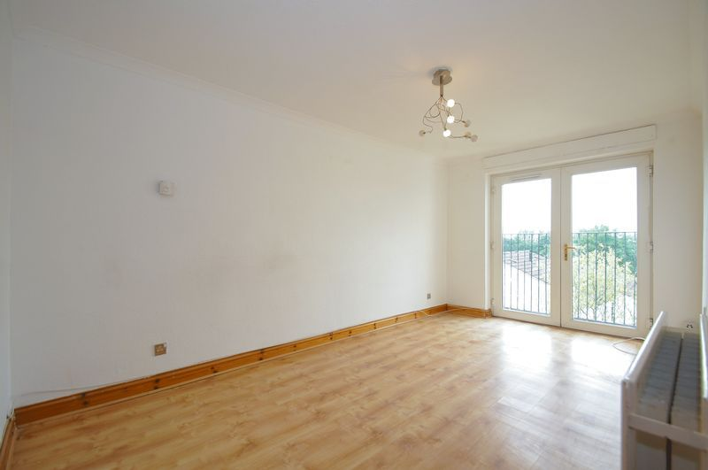 1 bed flat for sale in Dolben Lane 2