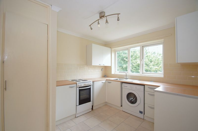 1 bed flat for sale in Dolben Lane 4