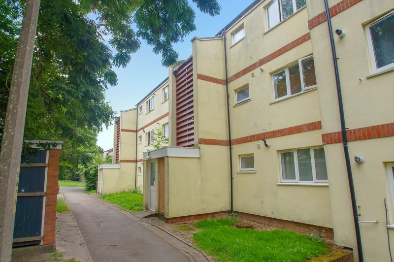 1 bed flat for sale in Dolben Lane 8